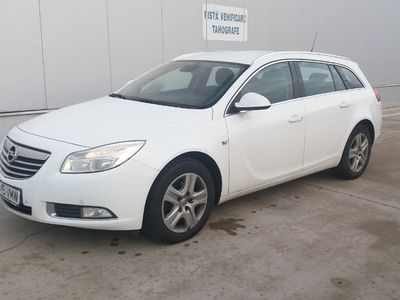 second-hand Opel Insignia 2.0 D an 2013 posibiliatte finantare
