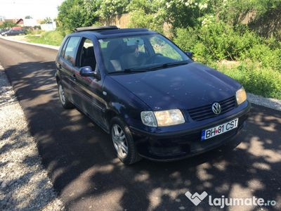 second-hand VW Polo 1.0 i