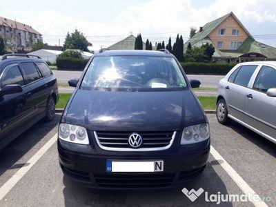 second-hand VW Touran 2006