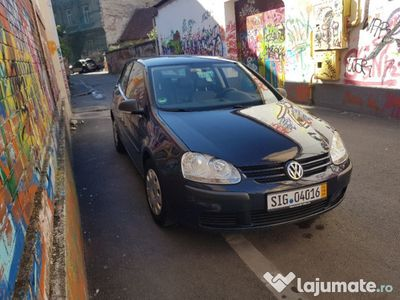 second-hand VW Golf V 1.4i 80CP An 2009 Klima
