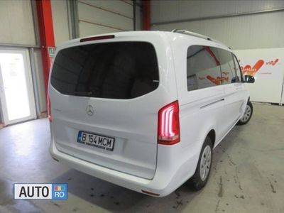 second-hand Mercedes V220