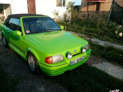 second-hand Ford Escort Cabriolet mk3
