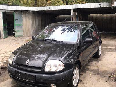 second-hand Renault Clio an 2000 1.4 I Benzina 16 valve