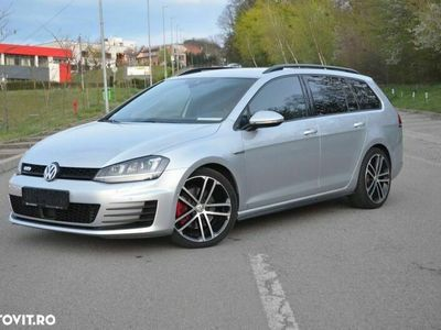second-hand VW Golf 2.0