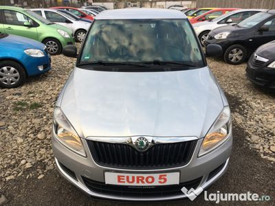 second-hand Skoda Fabia 2011 - euro 5 -km 130000- posibilitate rate-