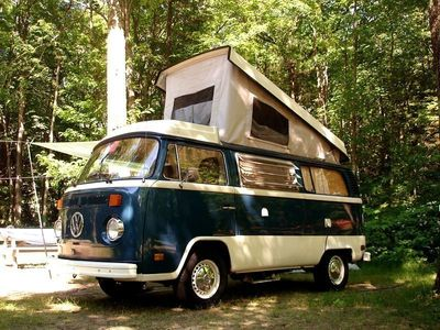 second-hand VW T2 westfalia bay window