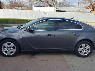 second-hand Opel Insignia 2.0 diesel an 2011