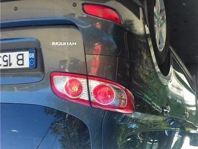 second-hand Hyundai Santa Fe an fabricație 2010, cu 110000 km.