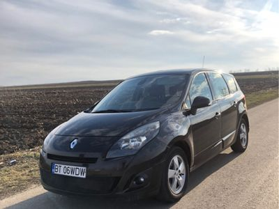 second-hand Renault Scénic 1.9 dci 131 cp an 2011 euro 5