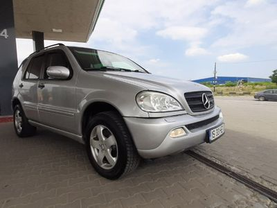 second-hand Mercedes ML270 2003 Manual