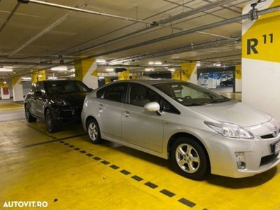 second-hand Toyota Prius MK3