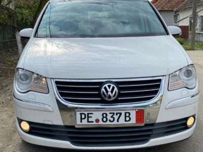 second-hand VW Touran highline 2.0tdi 170cp navi xenon padele