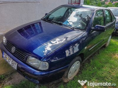second-hand VW Polo Classic, berlina, 2001, 1,6i, 102CP