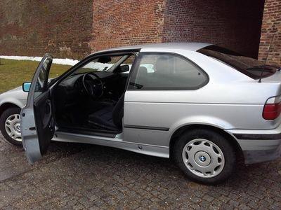 second-hand BMW 318 BMW 318 - Berlina