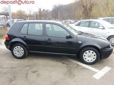 second-hand VW Golf 2003