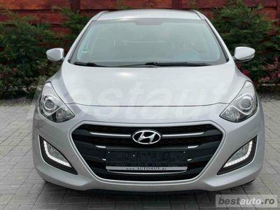 second-hand Hyundai i30 Facelift Premium 1.6CRDI EURO6