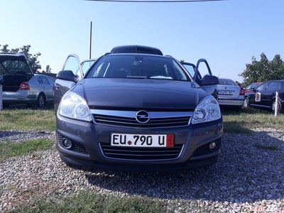 second-hand Opel Astra 2011