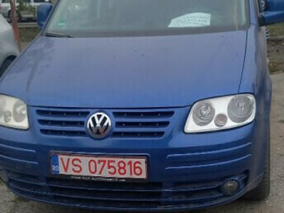 second-hand VW Caddy life fab 2006 motor 1.9 tdi accept orice test
