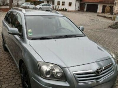second-hand Toyota Avensis 2009