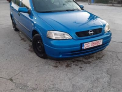 second-hand Opel Astra An 2000 cm 1.6 benzină