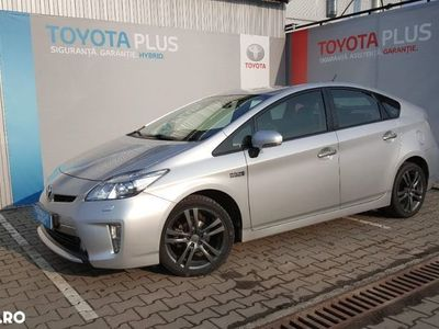 second-hand Toyota Prius MK3