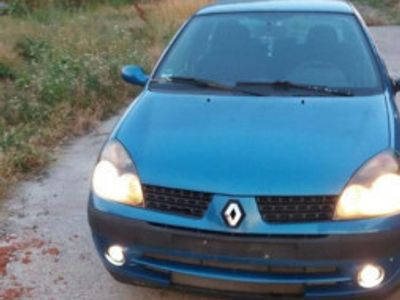 used Renault Clio 2003
