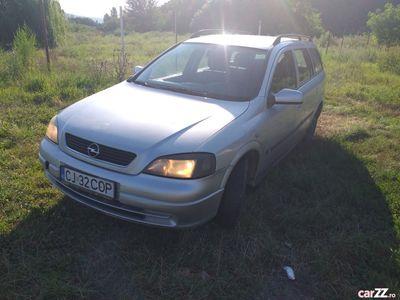 second-hand Opel Astra 1.6 benzină 2004
