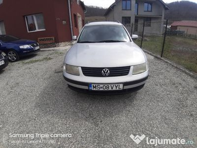 second-hand VW Passat 1,6 Cm schimb