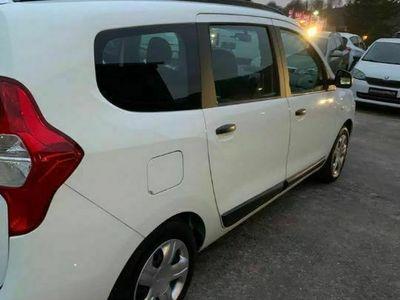 second-hand Dacia Lodgy 1.6