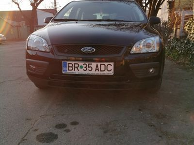 second-hand Ford Focus 2 1.8 benzina