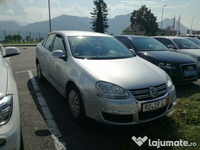 second-hand VW Jetta benzina 1.6