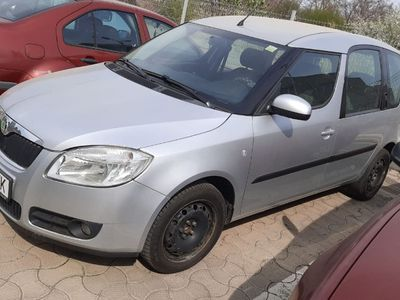 second-hand Skoda Roomster impecabila