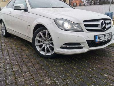 second-hand Mercedes C220