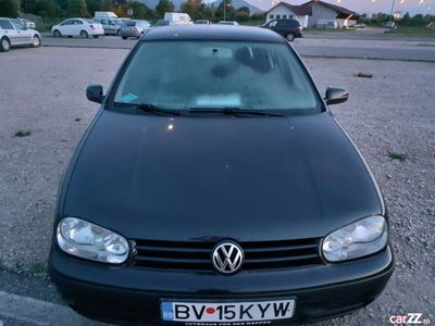 second-hand VW Golf 1.4 16 V GPL 2002