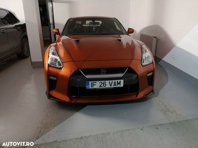 second-hand Nissan GT-R Black-Edition