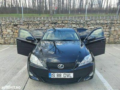second-hand Lexus IS220d Seria