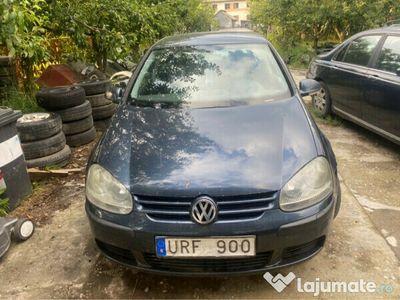 second-hand VW Golf V 1.6 fsi