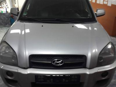 second-hand Hyundai Tucson 2.0 GPL si Benzina