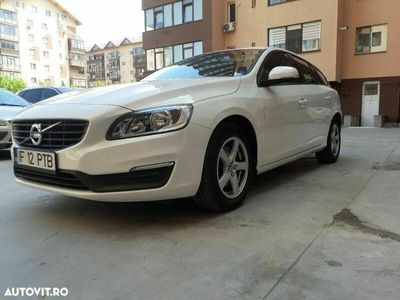 second-hand Volvo V60 D2