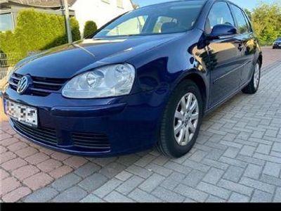 second-hand VW Golf 5**2005**1.4 clasic**Full Dotari**Impecabil**Germania
