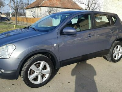second-hand Nissan Qashqai 2.0 DCI 150 CP PANORAMIC EDITION AN FAB.2009