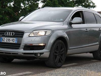 second-hand Audi Q7 7 locuri Quattro - an 2007, 3.0 tdi (Diesel)