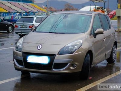 second-hand Renault Scénic III 1.6DCI 131CP AN 2011