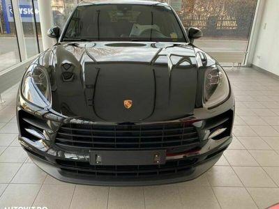 second-hand Porsche Macan Standard