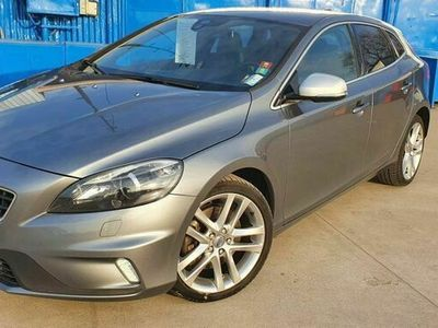 second-hand Volvo V40 D4