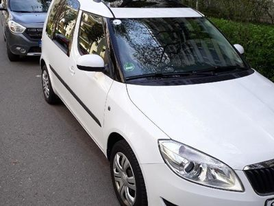 second-hand Skoda Roomster 1.6 TDI,105 CP,2011,euro 5