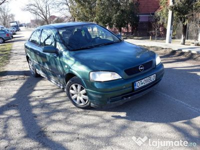 second-hand Opel Astra 1.6i 2001 inm. Ro