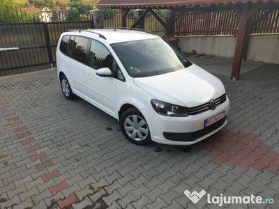second-hand VW Touran 2012, 1.6 diesel, 105cp, automat, stare foarte