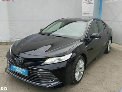 second-hand Toyota Camry 2.5