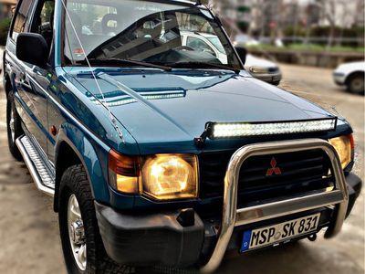 second-hand Mitsubishi Pajero 4x4